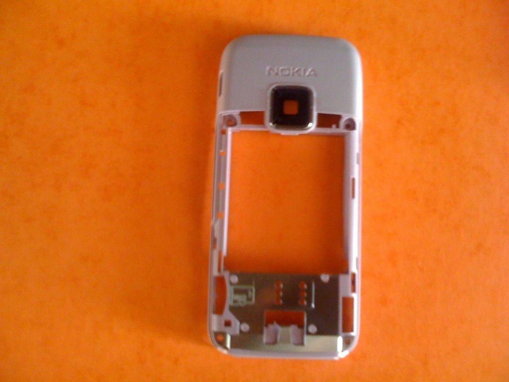 Kryt Nokia E65 bílý